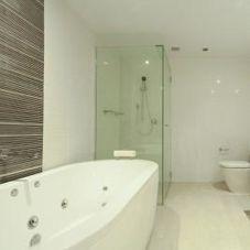 Distinctive Kitchens And Bath